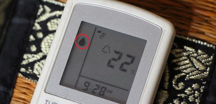 Biểu tượng chế độ dry ở điều hòa