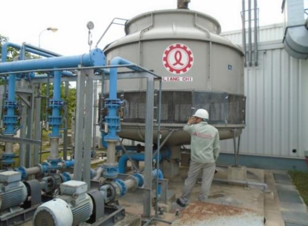 Hóa chất xử lý nước cho tháp giải nhiệt công nghiệp