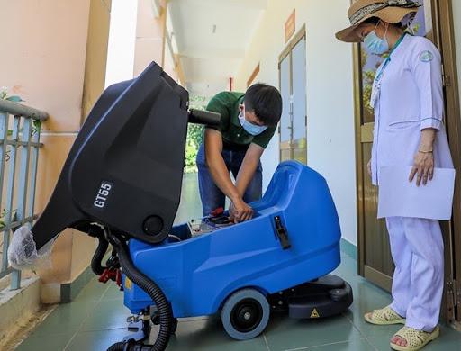 sử dụng máy chà sàn hiệu quả